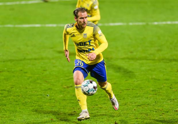 To już czwarty sezon Adama Dancha w Arce Gdynia. W tym czasie widywaliśmy już 32-latka na środku i prawym boku obrony, a także jako defensywnego pomocnika.