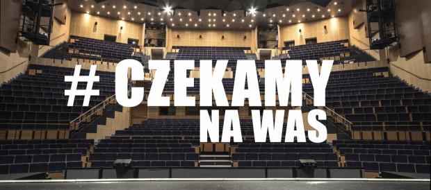"""W oczekiwaniu na widzów Teatr Muzyczny realizuje w sieci cykl """"Muzyczny od A do Z""""."""