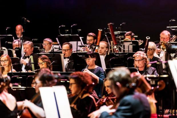 """Opera Bałtycka realizuje cykl koncertów online """"Wtorki na fali"""". W takiej formie wciąż odbywa się wiele wydarzeń."""