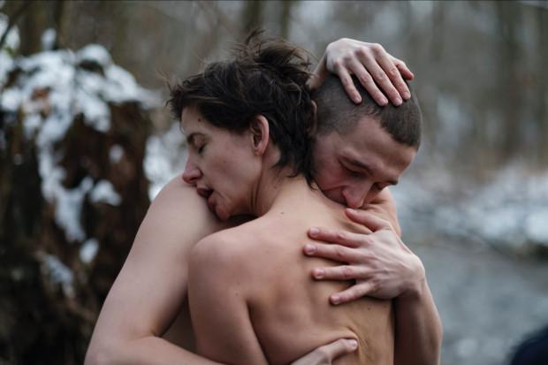 """Na platformie Netflix od 25 listopada jest dostępna filmowa antologia """"Erotica 2022"""", stworzona przez polskie pisarki i reżyserki."""