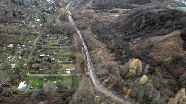 Aktualne zdjęcia z budowy ścieżki wzdłuż Potoku Oruńskiego.