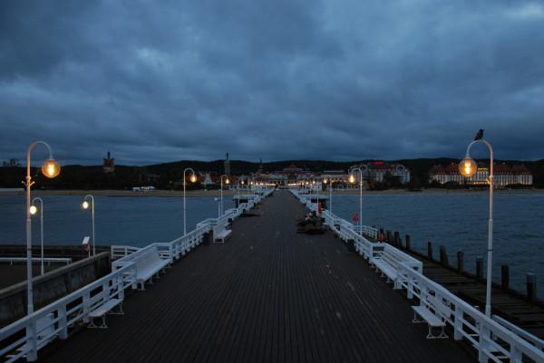 We wtorek na godzinę zostanie wyłączone oświetlenie drewnianej części molo w Sopocie.