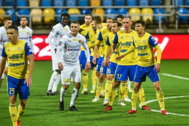 Niespełna miesiąc temu Arka Gdynia pokonała Koronę Kielce 2:0 w Pucharze Polski. Czy równie zadowolona będzie po meczu o I-ligowe punkty?