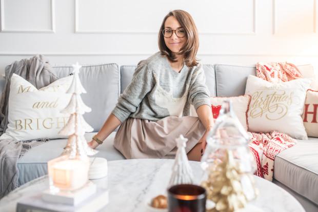 Pani Adrianna prowadzi konto na Instagramie (@marbleandmoree), w którym przekazuje rady dotyczące dekorowania mieszkania.