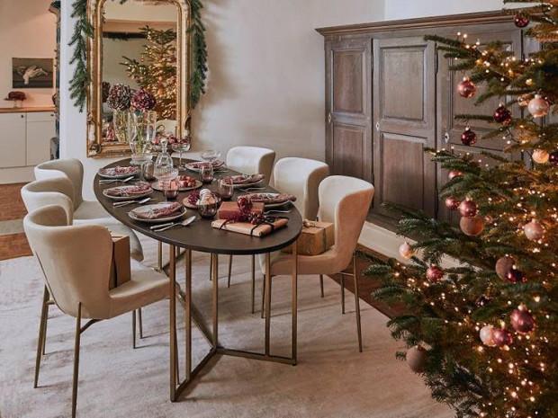 Jednym z tegorocznych trendów świątecznych są rozwiązania ekologiczne. Plastry drewna, szyszki, gałązki jodły czy żywe drzewko to elementy, na które coraz częściej się decydujemy.