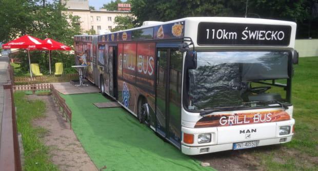 Od kilku dni trwały przygotowania kramów i stoisk przy pętli autobusowej na końcu alei Piłsudskiego w Gdyni.