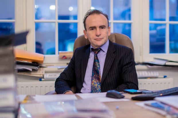 Igor Strzok, pomorski wojewódzki konserwator zabytków przypomniał, że nikt nie wydał zgody na zawieszenie napisu na bramie.