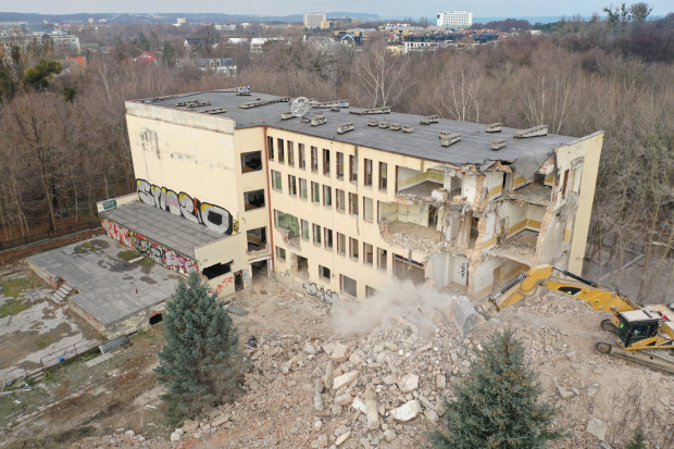 Dawna siedziba Instytutu Psychologii UG została wybudowana w latach 30. XX wieku. Jej obecny wygląd, który znacznie odbiega od pierwotnego, to efekt przeprowadzonej w latach 70. przebudowy.