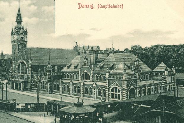 Tak wyglądał dworzec w Gdańsku z oryginalnym dachem w pierwszych latach istnienia.