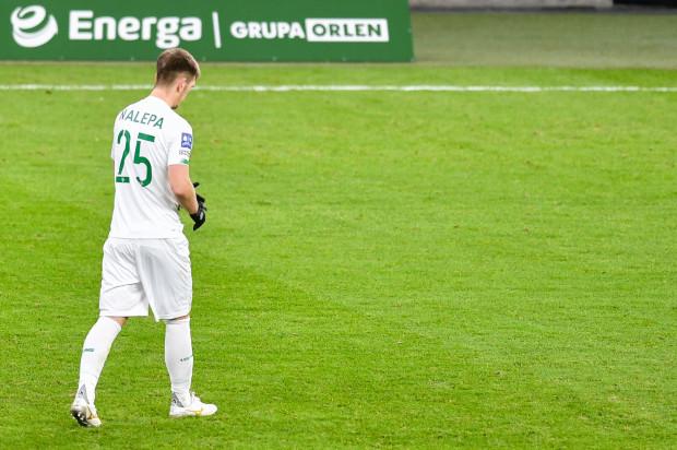Michał Nalepa już po raz drugim w tym sezonie musi pauzować, bo 8. żółtą kartkę w bieżących rozgrywkach otrzymał już po zakończeniu meczu z Legią w Warszawie.