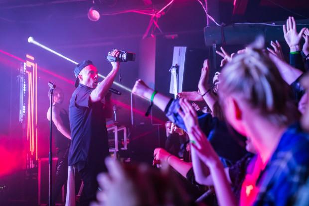 W Protokulturze odbyło się wiele koncertów szeroko pojętej muzyki alternatywnej. Wystąpił tu m.in. Stachursky.