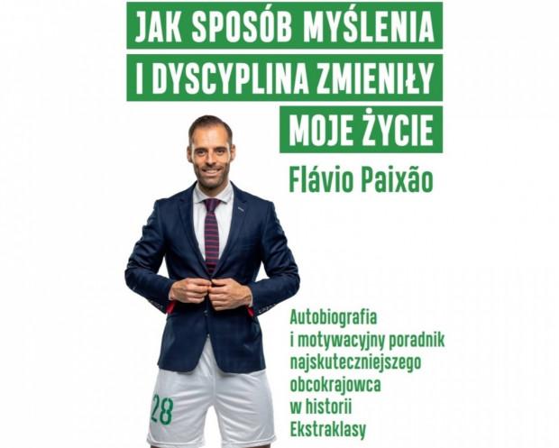 Okładka książki Flavio Paixao symbolizuje, że autobiografia z elementami poradnika, traktuje nie tylko o sporcie, ale m.in. także o biznesie.