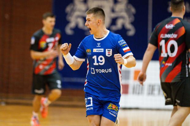 Gol Matuesza Kosmali w 60. minucie meczu z Zagłębiem Lubin pozwolił szczypiornistom Torus Wybrzeże Gdańsk na rozegranie serii rzutów karnych. W tej pokonali rywali 5:3.