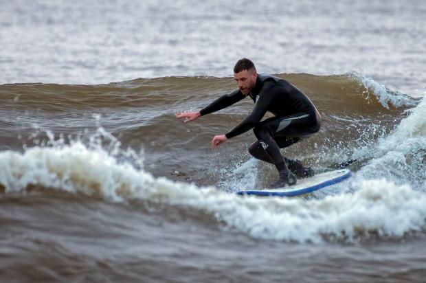 Surfing to najaktualniejsza pasja DJ-a NoZ-a spośród sportów wodnych.