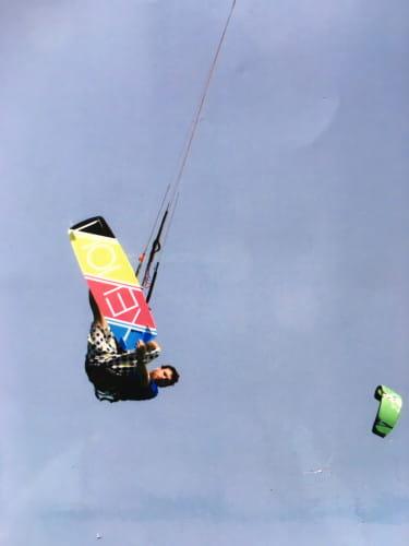 Możliwość wykonania ewolucji powietrznych to jeden z czynników, dla których DJ NoZ postawił na kitesurfing.