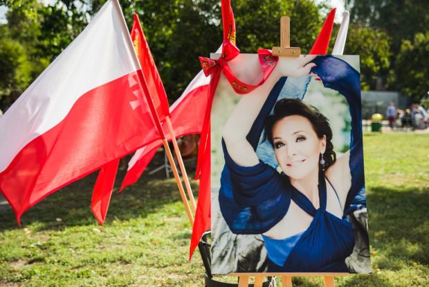 Gdańsk wybierze w konkursie rzeźbiarskim projekt pomnika Ireny Jarockiej. Wyniki zostaną ogłoszone do końca marca.