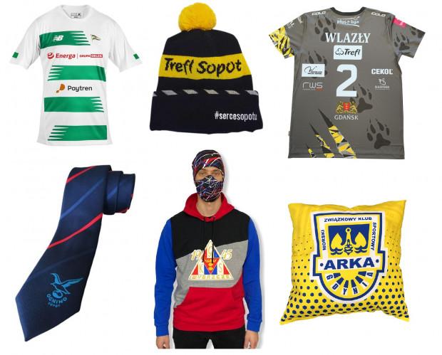 Przedstawione gadżety trójmiejskich klubów sportowych to jedynie mały ułamek tego, co można znaleźć w internetowych sklepach.