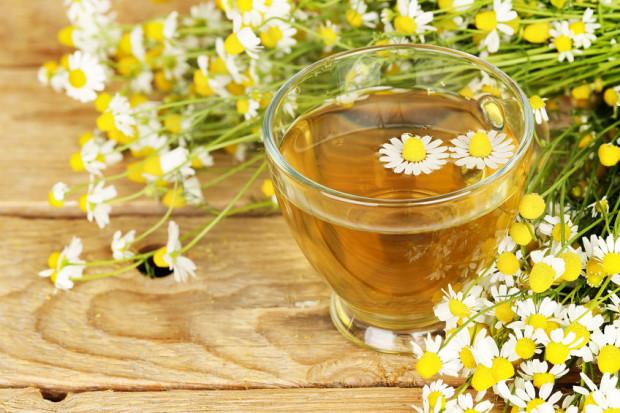 Napary z ziół są ciekawą formą ich przyjmowania, urozmaicają także smak herbat.