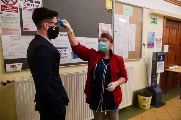 Matura 2020 w czasie pandemii koronawirusa w Gdańsku.