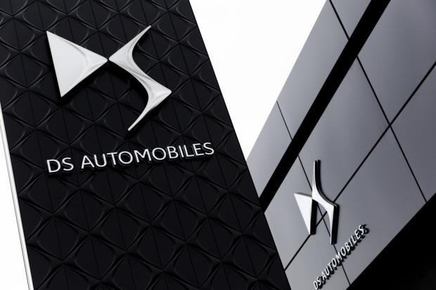 DS Automobiles zlokalizowany jest w kompleksie Grupy Zdunek przy Miałkim Szlaku w Gdańsku.