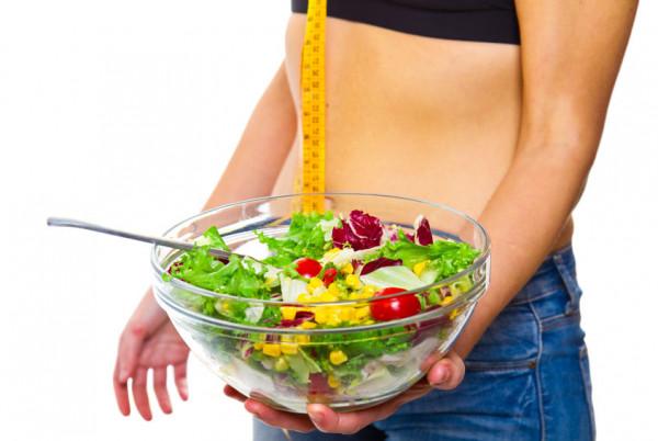 Na jakość skóry wpływa m.in. zdrowe odżywianie.