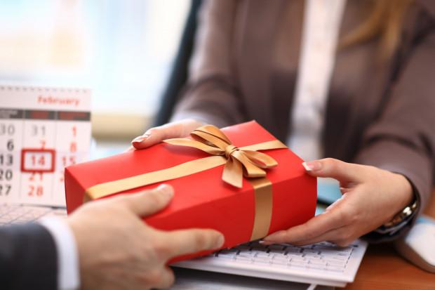 Każdy z nas otrzymał kiedyś prezent, który nie był w naszym stylu.