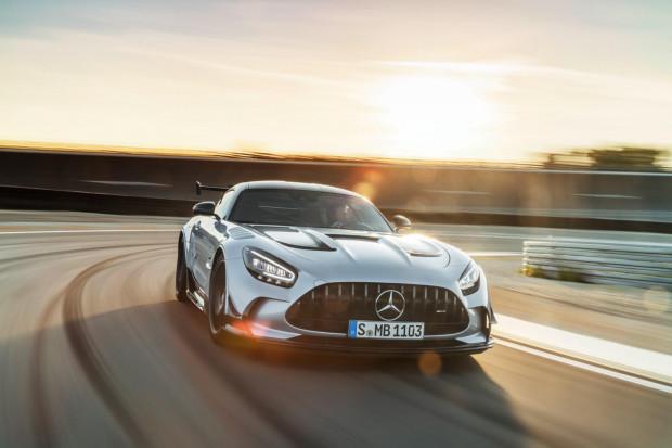 Najdrożej sprzedanym samochodem w 2020 r. w trójmiejskich salonach był Mercedes-AMG GT Black Series.
