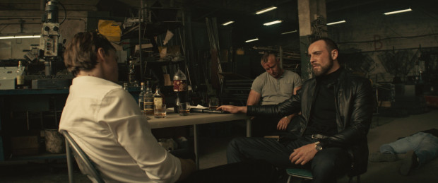 """""""Jak zostałem gangsterem"""" to jeden z największych filmowych przebojów początku roku. Wówczas nic jeszcze nie zapowiadało tak dramatycznej sytuacji w kinach."""