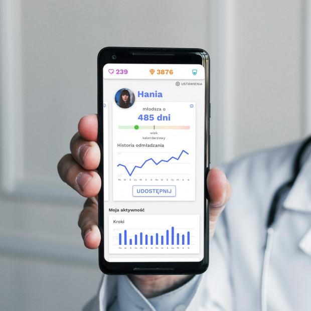 Aplikacja Vika analizuje aktywność fizyczną i styl życia, co pozwala jej oszacować wiek biologiczny użytkownika, który może się różnić nawet o 25 lat dla osób urodzonych tego samego dnia.