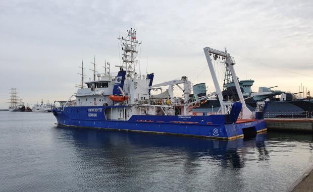 """""""Oceanograf"""" powstał w Stoczni Remontowej Nauta i jest w posiadaniu Uniwersytetu Gdańskiego od 2016 roku."""