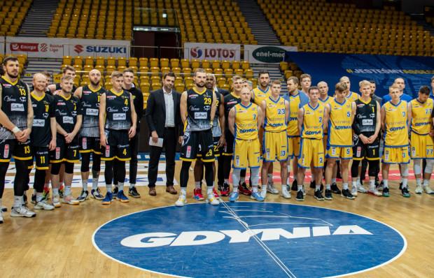 Za nami 37. koszykarskie derby Trójmiasta. Górą okazał się Trefl Sopot (czarne stroje).