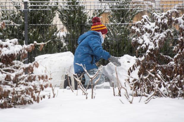 Od 5 stycznia dzieci będą mogły przebywać na dworze bez opieki dorosłych.