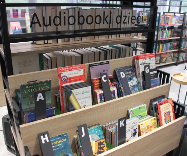 Biblioteka Morenowa cieszy się dużą popularnością. Niedawno przeszła gruntowny remont. Od 8 grudnia można z niej korzystać.