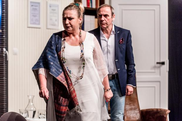"""W spektaklu """"Zacznijmy to jeszcze raz"""" występują Aldona Jankowska i Tomasz Sapryk."""