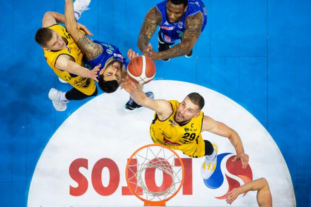 W hitowym meczu w Ergo Arenie, Trefl Sopot pokonał Anwil Włocławek.
