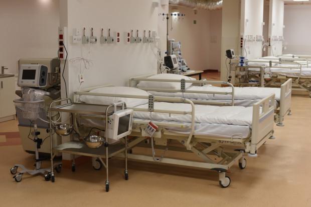 Szpital tymczasowy w budynku sanatorium MSWiA w Sopocie przy ul. Bitwy pod Płowcami gotowy na przyjęcie pacjentów.