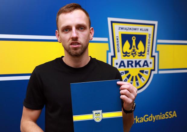 Fabian Hiszpański to kolejny piłkarz, który do Arki Gdynia trafił z KKS 1925 Kalisz.