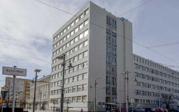 Lądowisko znajdzie się nad dachem 10-kondygnacyjnego budynku, na wysokości 40 metrów względem pl. Kaszubskiego.