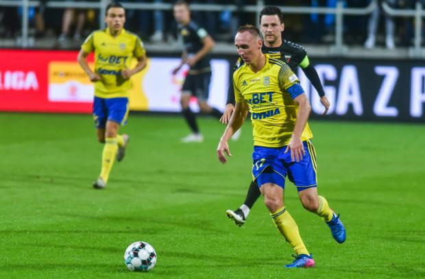 Adam Marciniak mocno związał się z Arką Gdynia i nie bez powodu był kapitanem drużyny. Piłkarz chciał jednak zakończyć karierę w Łodzi, tam gdzie ją zaczynał.