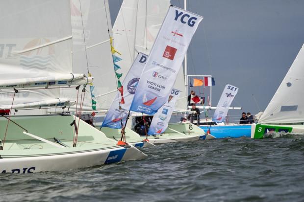 Yacht Club Gdańsk nie tylko coraz bardziej jest obecny w żeglarskich regatach, ale również pracuje na rzecz popularyzacji żeglarstwa.