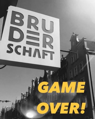 Cafe Pub Bruderschaft nie doczekał swoich dziewiątych urodzin.