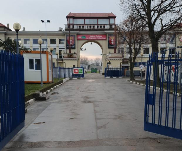 Jeśli przy ul. Długie Ogrody ma ponownie zawitać żużlowa ekstraliga, stadion trzeba zmodernizować. Wkrótce dowiemy się, jakie prace trzeba wykonać i ile to będzie kosztować Gdańsk, który jest właścicielem obiektu.