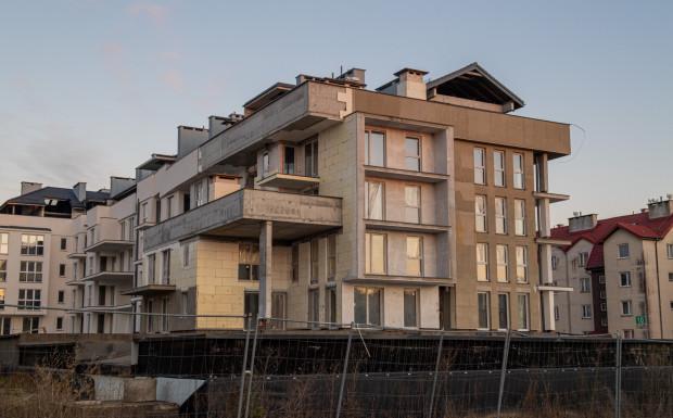 Opóźnienie w wydaniu lokali w budynku August wynosi ponad trzy lata. Możliwe, że mieszkania będą do odbioru jeszcze pod koniec tego roku.