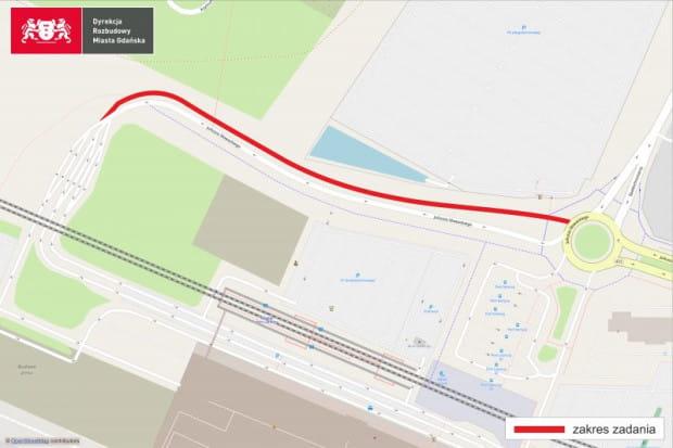 Zakres zadania obejmuje budowę jezdni na odcinku od ul. Spadochroniarzy do wjazdu głównego na lotnisko.