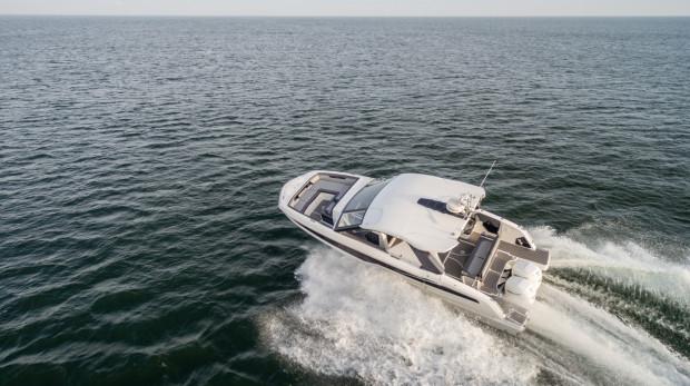 Galeon 325 GTO został zaprezentowany 20 stycznia 2021 roku.