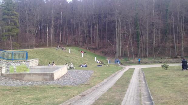 Zbiornik retencyjny Krykulec w Małym Kacku jest popularny nie tylko latem.