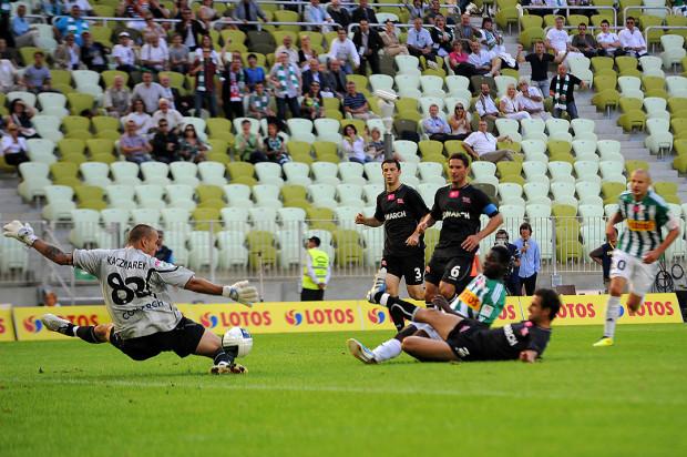 W sierpniu minie 10 lat od otwarcia stadionu w Letnicy. Pierwszą bramkę na tym obiekcie strzelił Fred Benson w meczu z Cracovią.