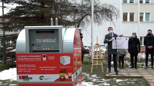 Od teraz mieszkańcy Gdańska łatwiej będą mogli pozbyć się elektrośmieci. Pojawią się specjalne pojemniki.