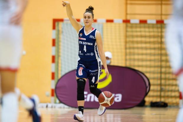 Julia Niemojewska zdobywa średnio 5,8 asysty w każdym meczu Energa Basket Ligi Kobiet. To ósmy wynik spośród wszystkich koszykarek.