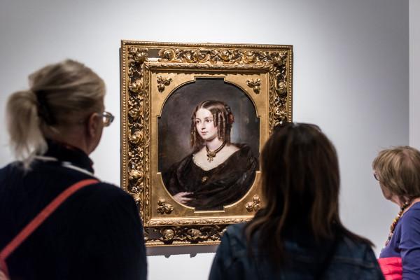 Muzea i galerie sztuki wznowiły działalność od 1 lutego. Wiele z nich przedłużyło swoje aktualne wystawy, aby każdy miał szansę je zobaczyć.